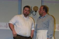 2004 Tratsch im Treppenhaus